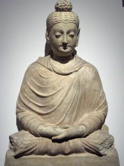 Bouddha assis (Hadda, III-IVe s.)